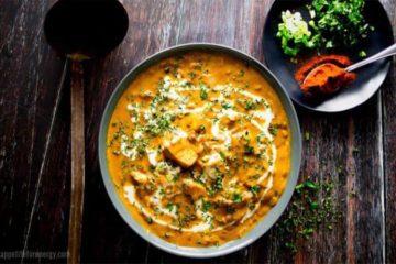 Pollo al curry cetogénico